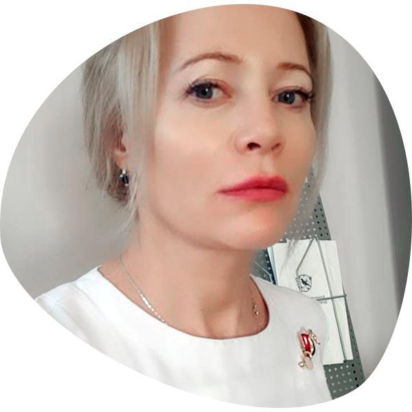 Алина Ахмадулина