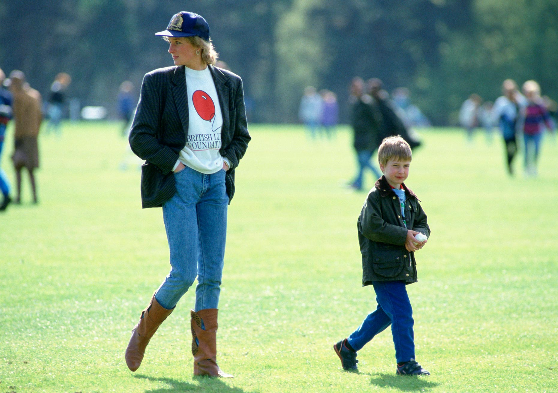 Диана принцесса Уэльская и принц Уильям. Фото: Tim Graham Photo Library/Getty Images